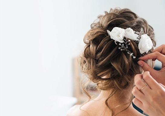 Bridal hair make
